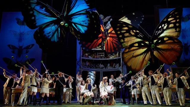 Cosi fan tutte - Act 2 - Butterflies