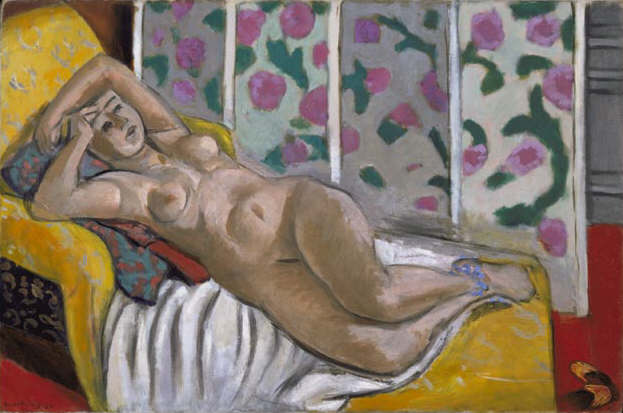 Matisse_Nude on yellow sofa