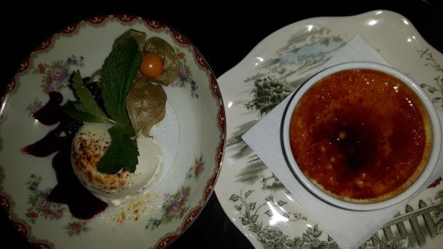 Rosedale diner - Creme brule and Yogurt-brule