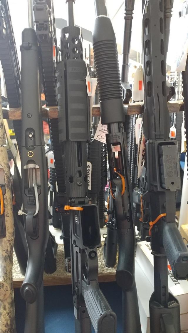 Gun show - semi-auto rifles